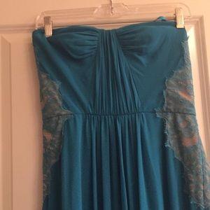 Long blue dress, strapless